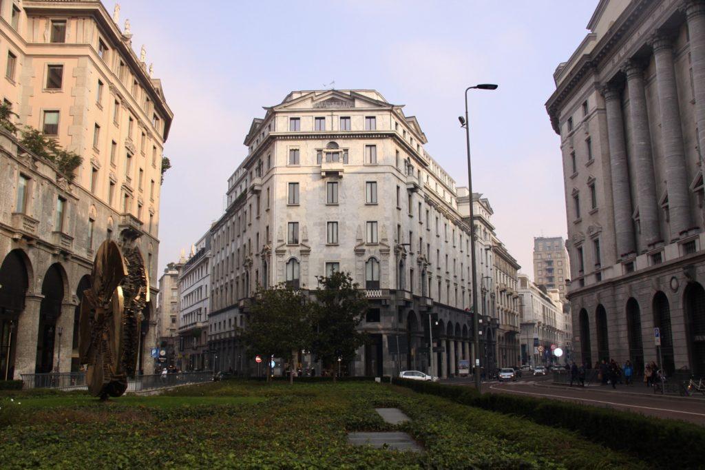 ulice w Mediolanie