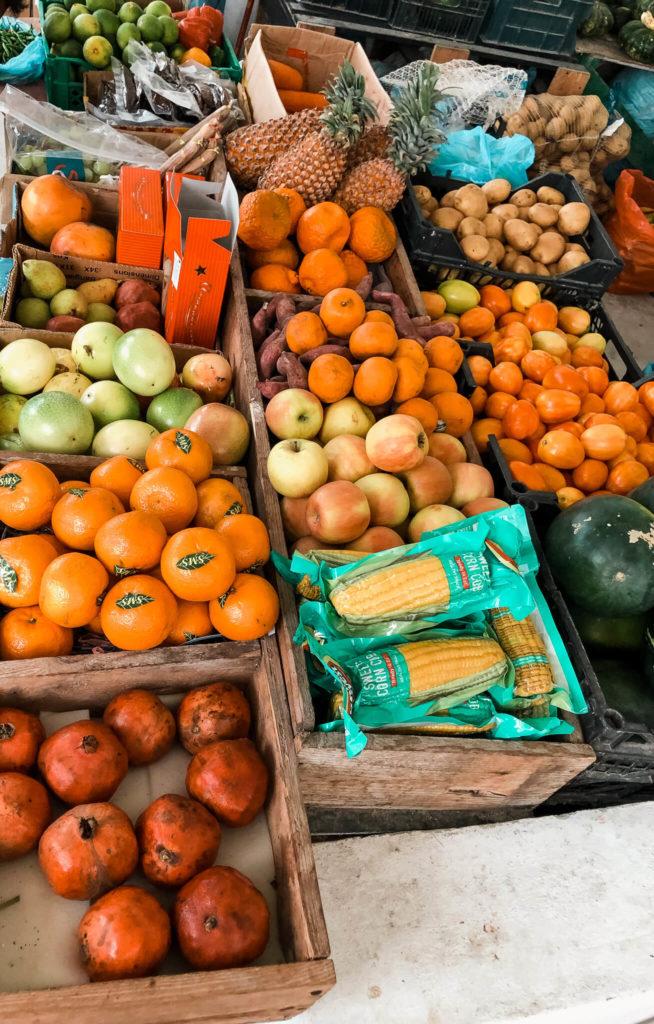 targ z owocami