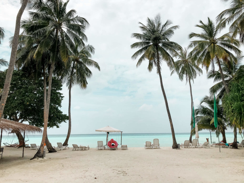 plaża na Gan Island