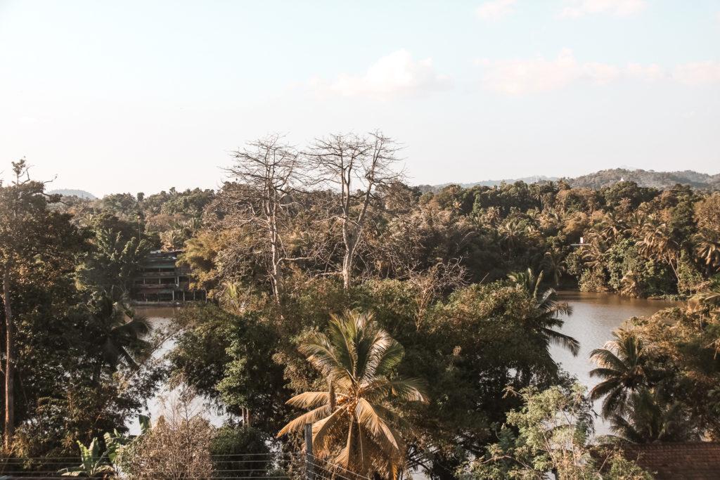 rzeka w kandy