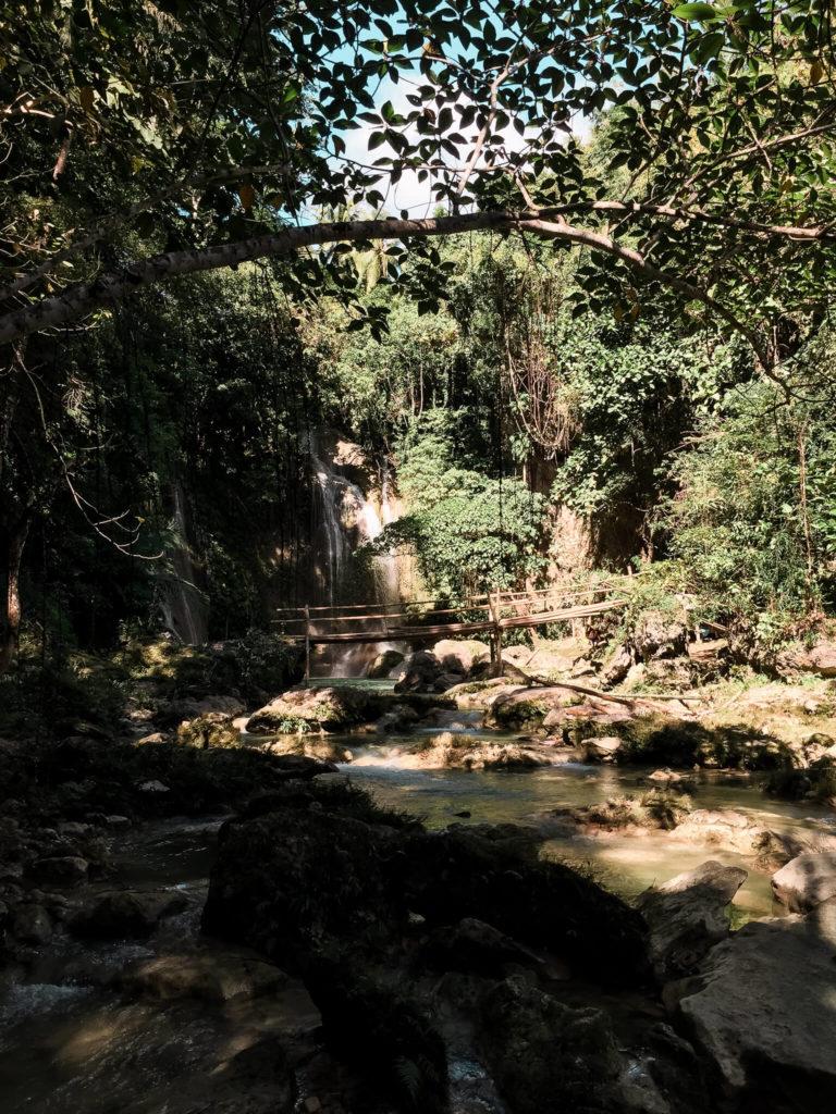 Dimiao Twin Falls, wodospad na wyspie Bohol