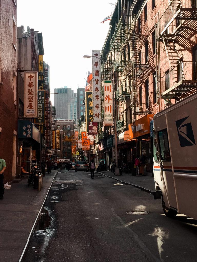 ulice w chinatown w Nowym Jorku