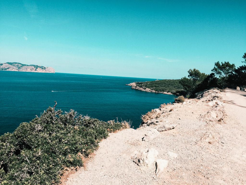 widok z klifu na Majorce