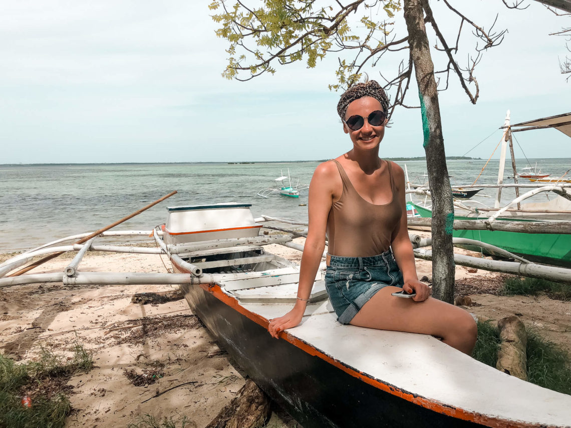 wyspa Caohagan, łodzie na plaży