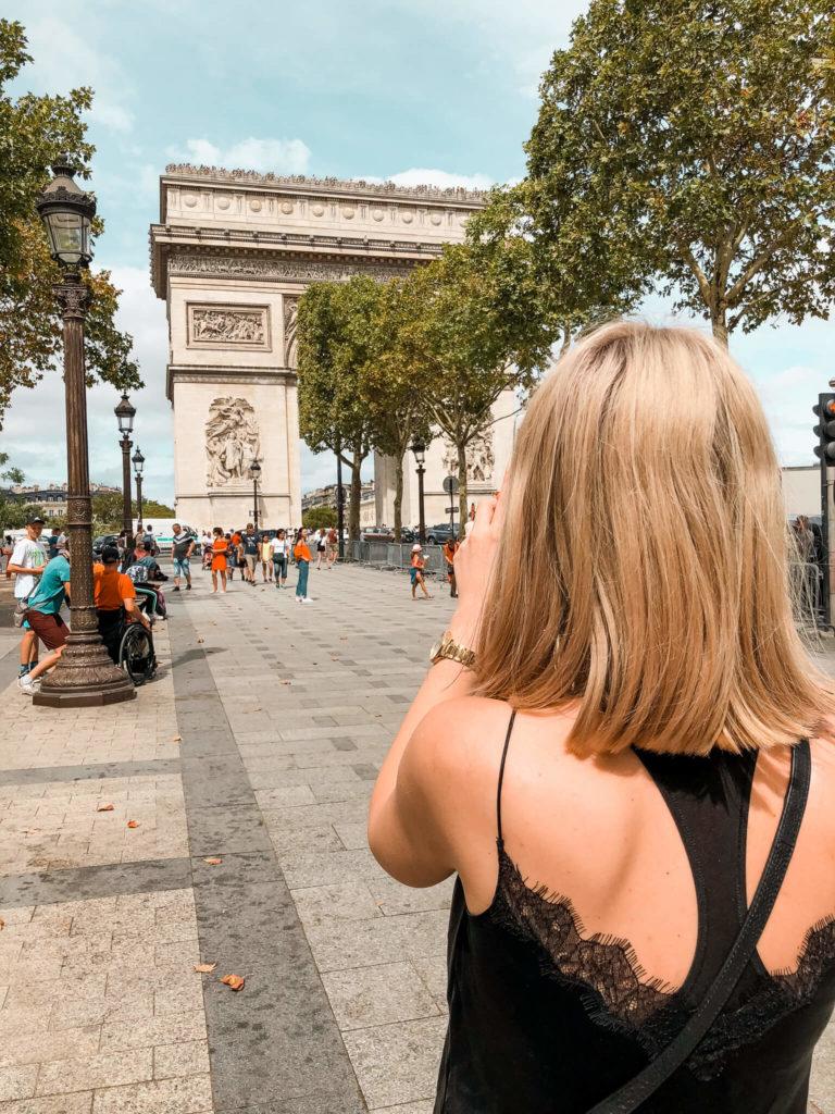 Luk triumfalny w Paryżu